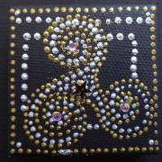 Magnet triskel perle